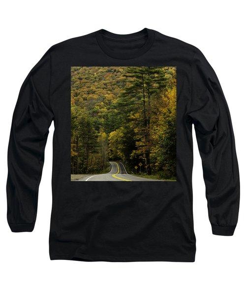 Fall Colors On Mohawk Trail Near Charlemont Long Sleeve T-Shirt