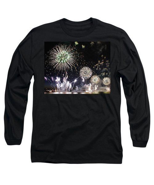 Long Sleeve T-Shirt featuring the photograph Fireworks Over The Hudson River by Lilliana Mendez