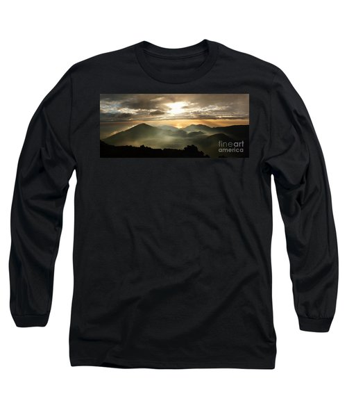 Foggy Sunrise Over Haleakala Crater On Maui Island In Hawaii Long Sleeve T-Shirt