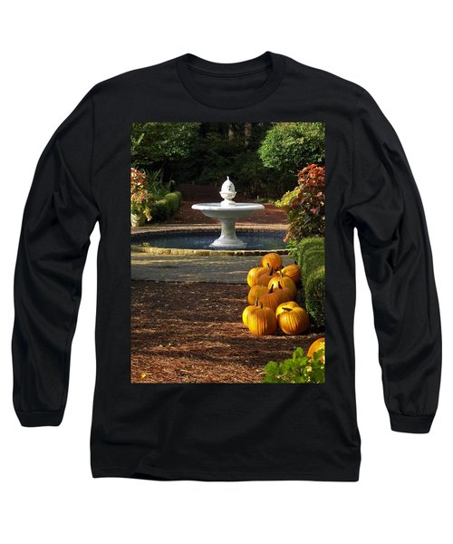 Long Sleeve T-Shirt featuring the photograph Fountain And Pumpkins At The Elizabethan Gardens by Greg Reed