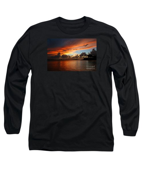 Garita En Atardecer Long Sleeve T-Shirt