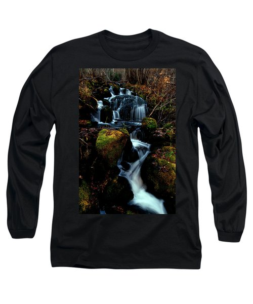Long Sleeve T-Shirt featuring the photograph Gentle Descent by Jeremy Rhoades