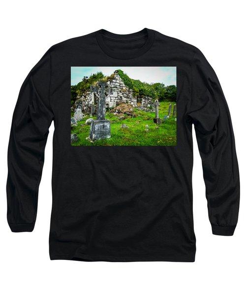 Graveyard And Church Ruins On Ireland's Mizen Peninsula Long Sleeve T-Shirt