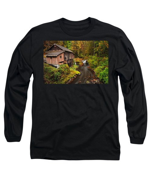 Grist Mill In Autumn Long Sleeve T-Shirt