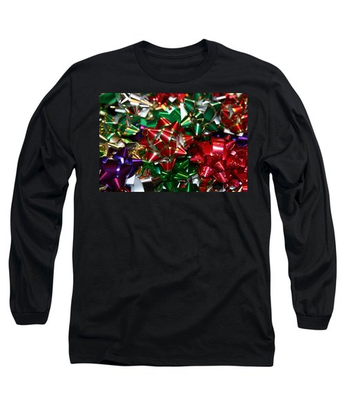 Long Sleeve T-Shirt featuring the photograph Holiday Bows by Denyse Duhaime