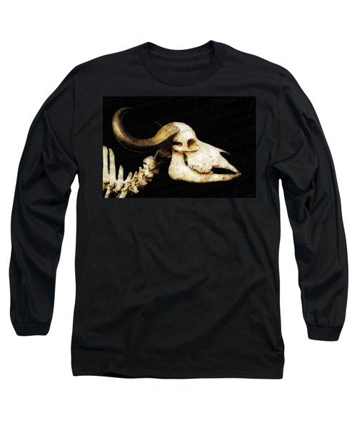 Long Sleeve T-Shirt featuring the mixed media Hommage A La Georgia by Sandy MacGowan