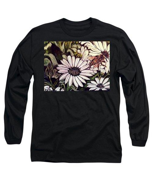 Honeybee Cruzing The Daisies Long Sleeve T-Shirt by Kimberlee Baxter