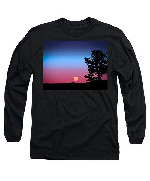 Long Sleeve T-Shirt featuring the photograph Hunter's Moonrise In Eastern Arizona by John Haldane