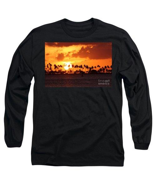 Isla De Leprosos Long Sleeve T-Shirt