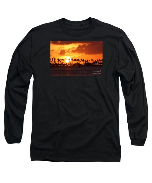 Isla De Leprosos Long Sleeve T-Shirt