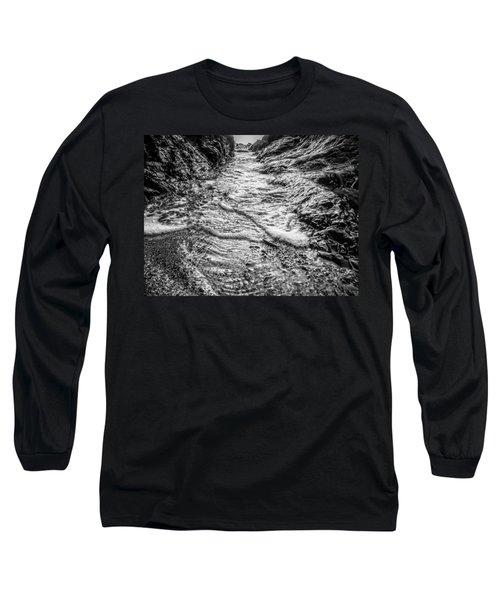 It's A Rush Browns Beach  Long Sleeve T-Shirt by Roxy Hurtubise