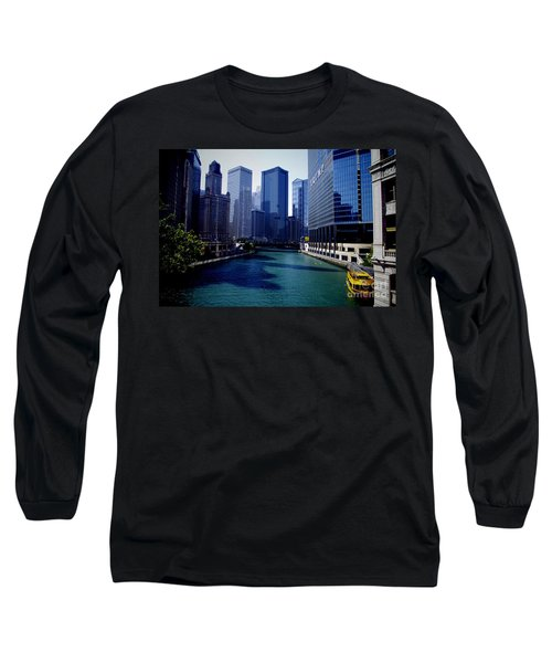 Kayaks On The Chicago River Long Sleeve T-Shirt