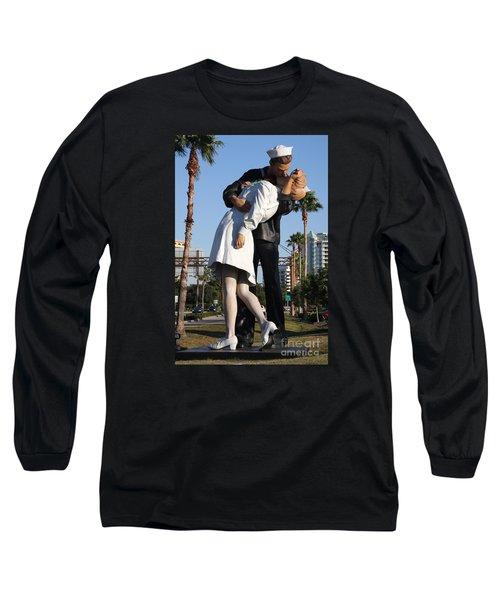 Kissing Sailor - The Kiss - Sarasota Long Sleeve T-Shirt