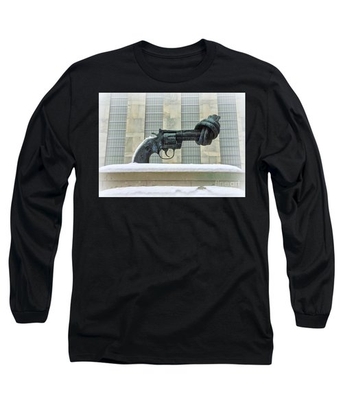 Knotted Gun Sculpture At The United Nations Long Sleeve T-Shirt