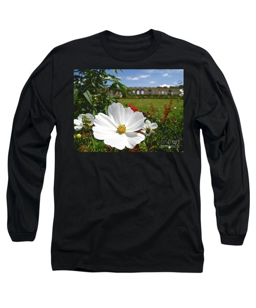 Long Sleeve T-Shirt featuring the photograph Le Fleur De Versailles by Suzanne Oesterling