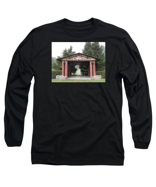 Lheit-li Nation Burial Grounds Entrance Long Sleeve T-Shirt