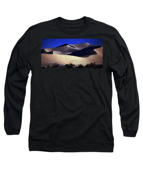 M E S Q U I T E D  Long Sleeve T-Shirt