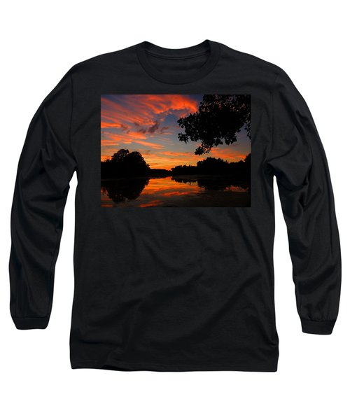 Marlu Lake At Sunset Long Sleeve T-Shirt