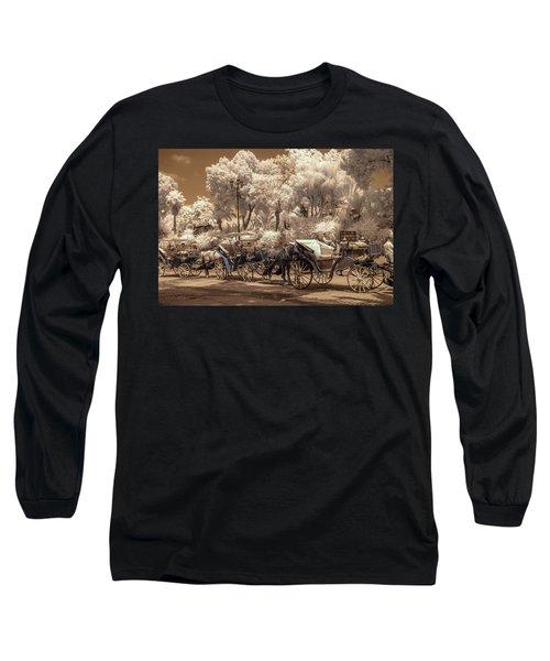 Marrakech Street Life - Horses Long Sleeve T-Shirt