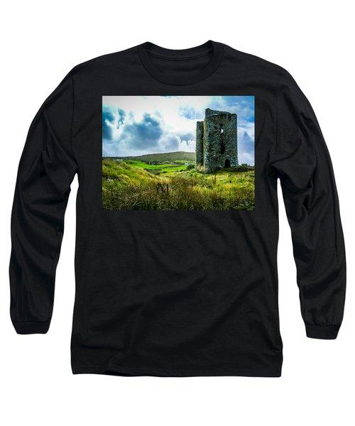 Medieval Dunmanus Castle On Ireland's Mizen Peninsula Long Sleeve T-Shirt