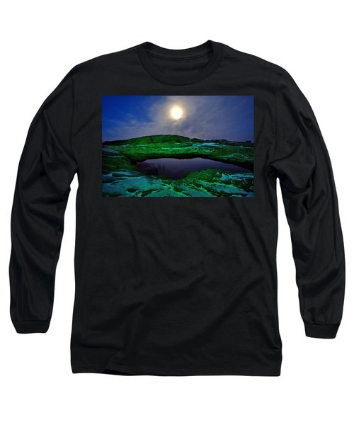 Long Sleeve T-Shirt featuring the photograph Mesa Arch In Green by David Andersen