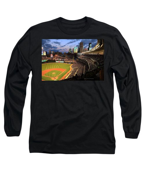Minnesota Twins Minneapolis Skyline Target Field Long Sleeve T-Shirt