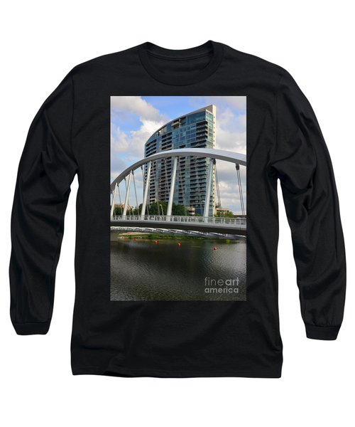Fx1l820 Main Street Bridge In Front Of Miranova Long Sleeve T-Shirt
