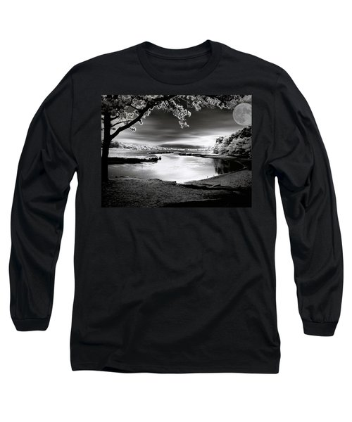 Long Sleeve T-Shirt featuring the photograph Moona Lagoona by Robert McCubbin