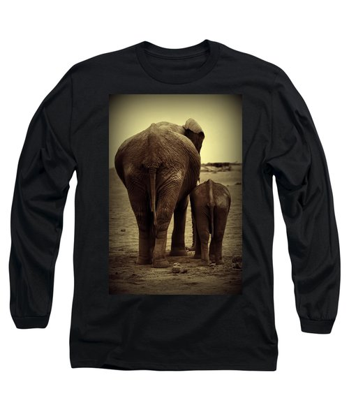 Mother And Baby Elephant In Black And White Long Sleeve T-Shirt