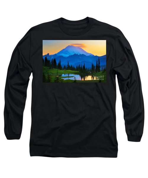 Mount Rainier Goodnight Long Sleeve T-Shirt