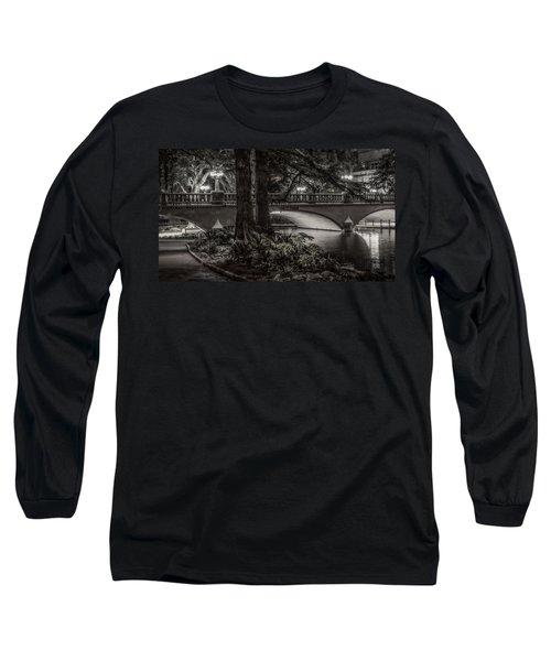 Navarro Street Bridge At Night Long Sleeve T-Shirt