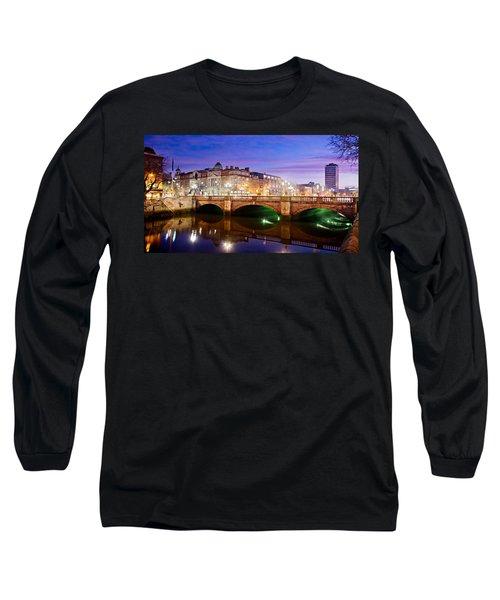 O Connell Bridge At Night - Dublin Long Sleeve T-Shirt