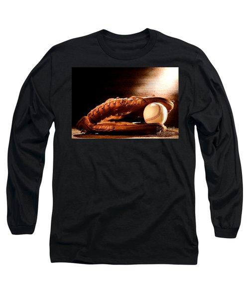 Old Baseball Glove Long Sleeve T-Shirt