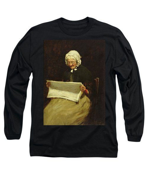 Old Woman Reading A Newspaper, 1895 Long Sleeve T-Shirt