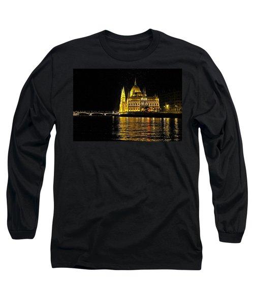 Parliament At Night Long Sleeve T-Shirt