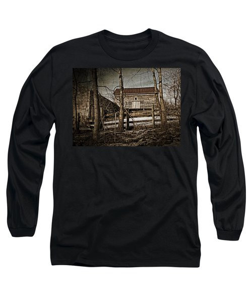 Country Barn Photograph Long Sleeve T-Shirt
