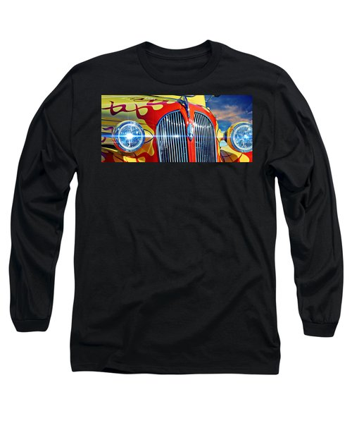 Vintage Long Sleeve T-Shirt featuring the photograph Plymouth Oldie by Aaron Berg