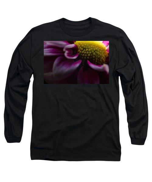 Purple Mum Macro Long Sleeve T-Shirt
