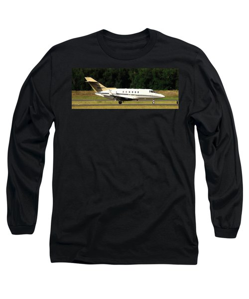 Airplane Long Sleeve T-Shirt featuring the photograph Raytheon Hawker 800xp by Aaron Berg
