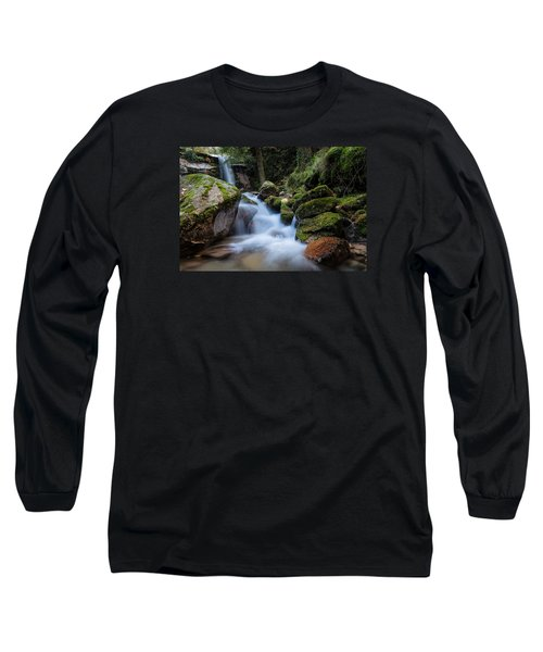 Long Sleeve T-Shirt featuring the photograph Rock To Rock Down by Edgar Laureano