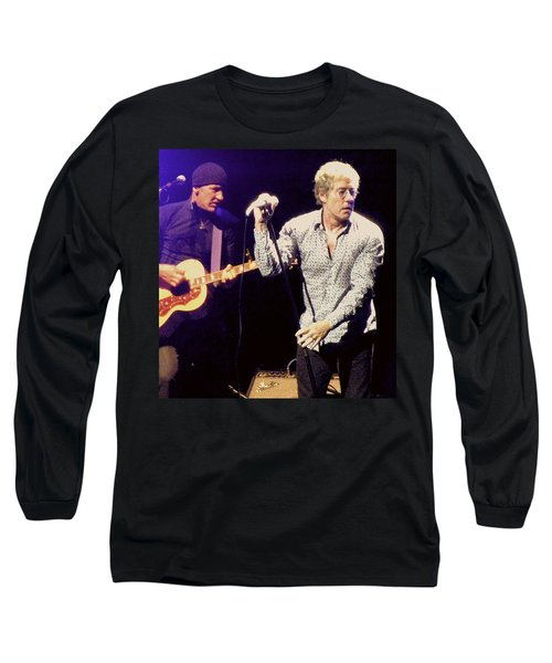 Long Sleeve T-Shirt featuring the photograph Roger Daltrey And The Who by Melinda Saminski