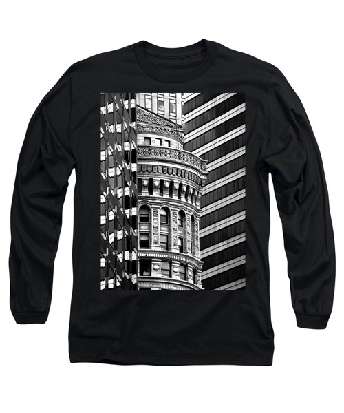 San Francisco Design Long Sleeve T-Shirt by Art Shimamura
