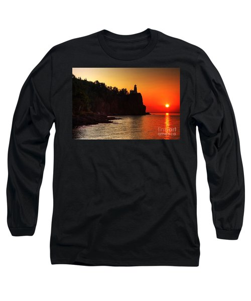 Split Rock Lighthouse - Sunrise Long Sleeve T-Shirt