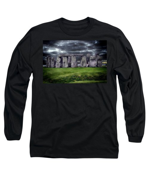 Storm Clouds Over Stonehenge Long Sleeve T-Shirt