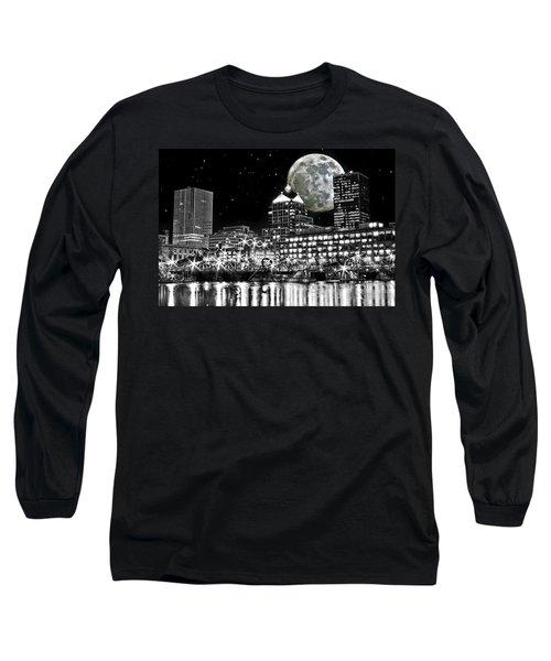 Super Moon Over Rochester Long Sleeve T-Shirt by Richard Engelbrecht