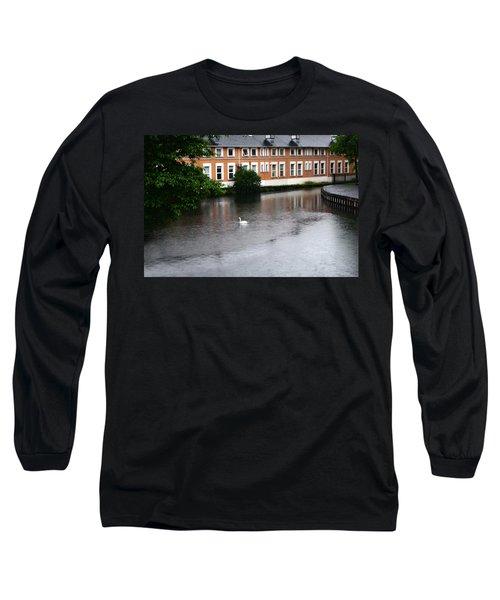 Swan In Dublin Long Sleeve T-Shirt