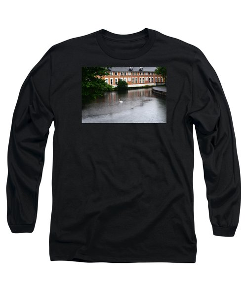 Swan In Dublin Long Sleeve T-Shirt