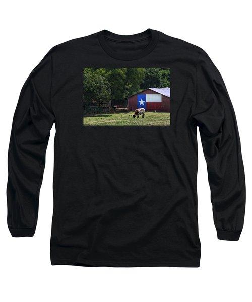 Texas Longhorn Grazing Long Sleeve T-Shirt