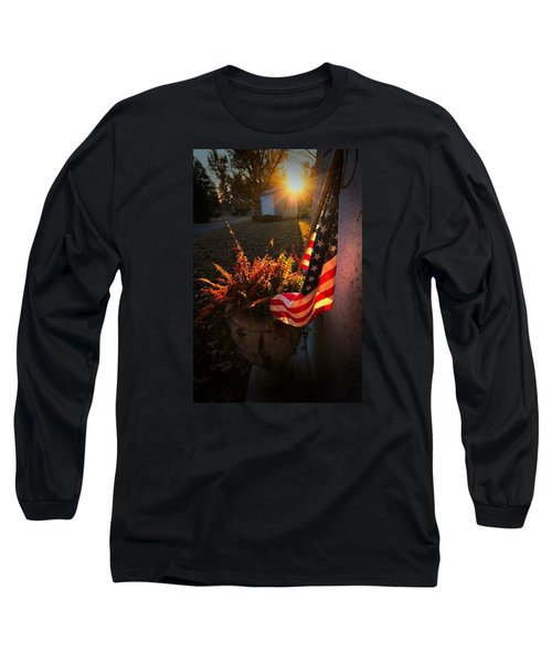 Long Sleeve T-Shirt featuring the photograph Thank You For Serving by Robert McCubbin