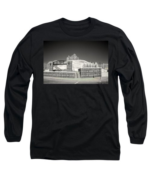 The Criel Mound  Long Sleeve T-Shirt